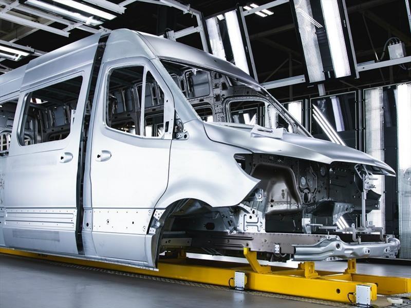 Mercedes-Benz inicia la producción del Sprinter en Estados Unidos