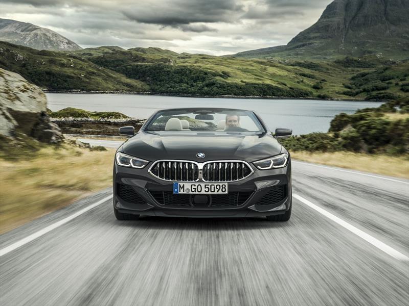 BMW Serie 8 Convertible 2019 es un majestuoso cabrio