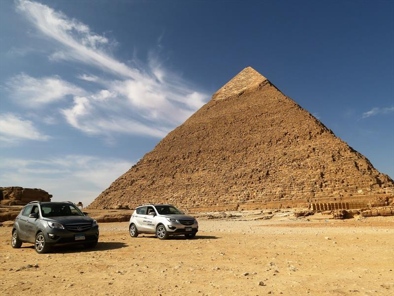 Changan explora leyendas en un inusual viaje a Egipto