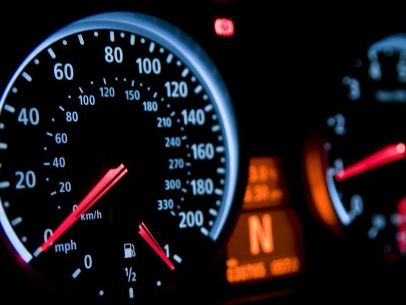Cómo saber si el odómetro de un automóvil fue manipulado