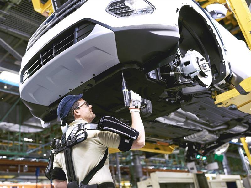 Estilo Ironman: Ford provee de exoesqueletos a sus empleados