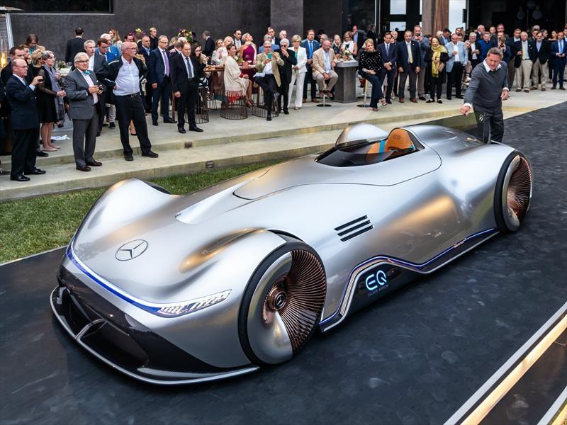 Mercedes-Benz Vision EQ Silver Arrow, un concepto que reúne lo retro con lo futurista