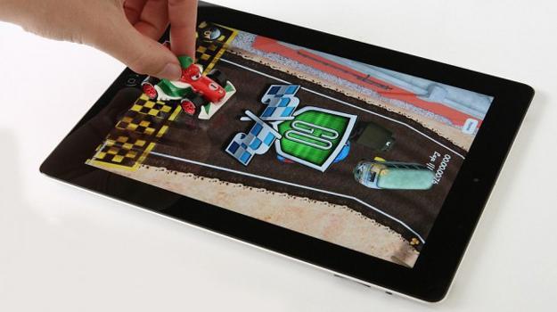 App de Cars 2 para iPad con todo y juguetes