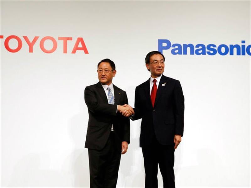 Toyota y Panasonic fabricarán juntos las baterías para autos eléctricos