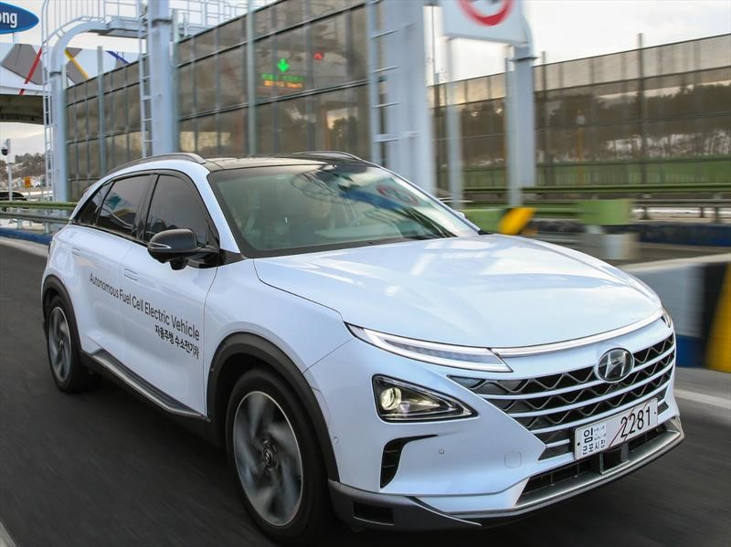 Hyundai NEXO es el primer SUV de pila de combustible de la marca