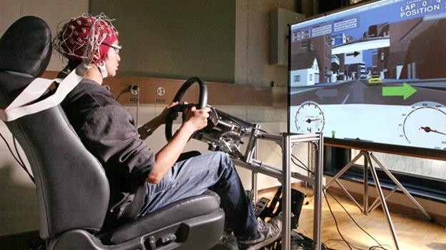 Nissan trabaja en tecnología para leer la mente y evitar errores al conducir