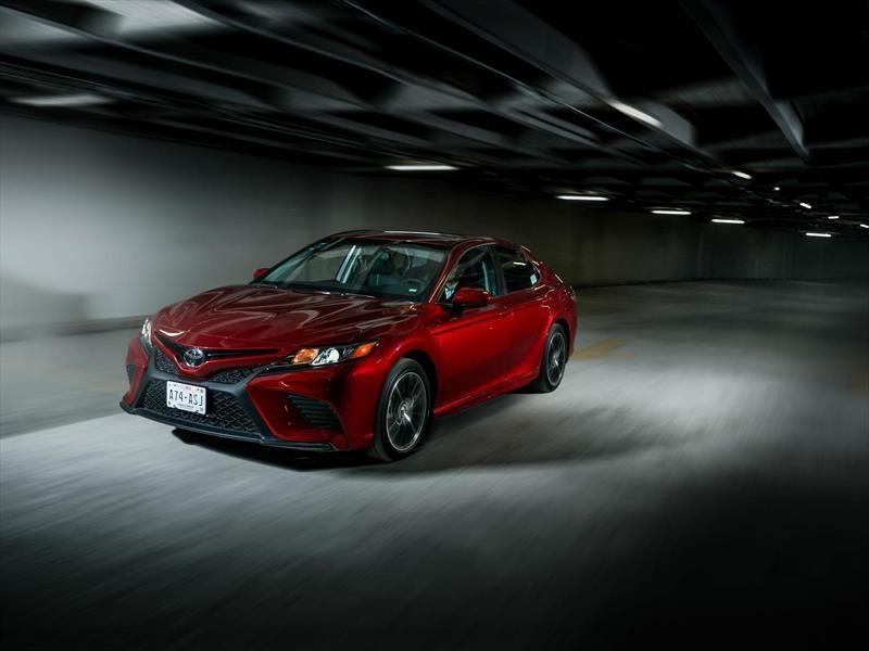 Toyota Camry 2018 a prueba