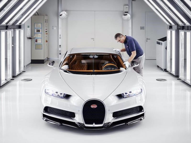 Bugatti produce un centenar de Chiron