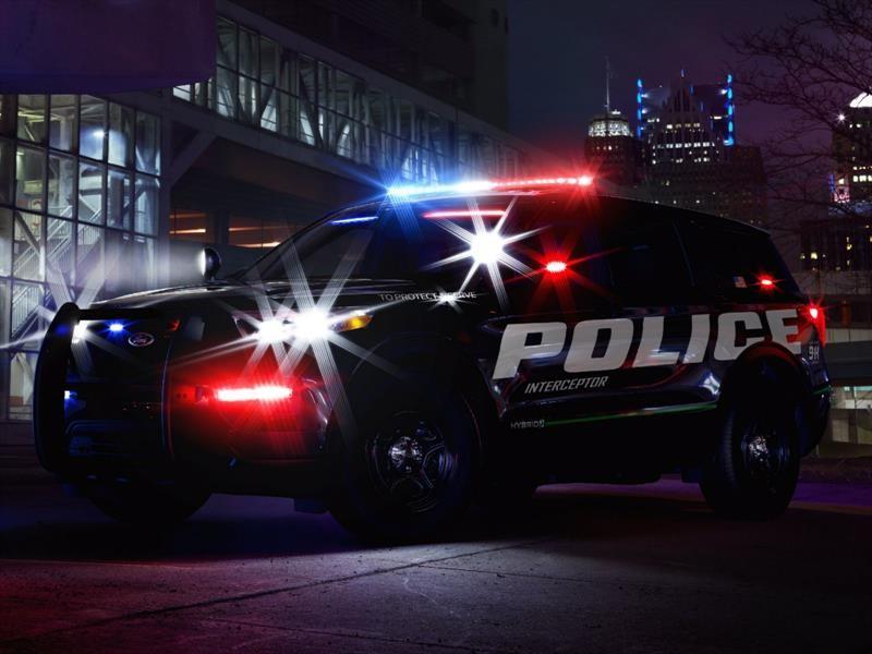 Ford Police Interceptor Utility Hybrid, a pesar que es más eficiente es más rápido