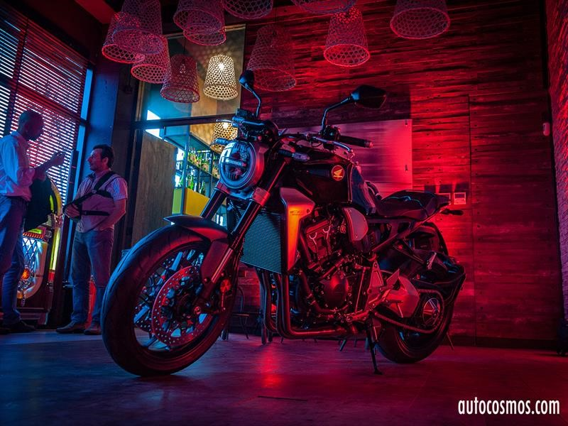 Honda Neo Sports Cafe en Chile, las cafe racer del futuro
