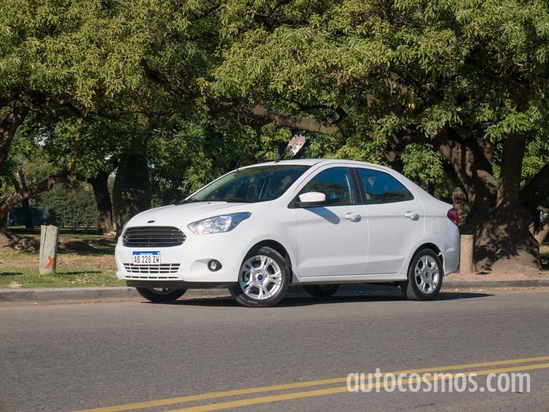 Prueba Ford Ka+, redefiniendo la tradición