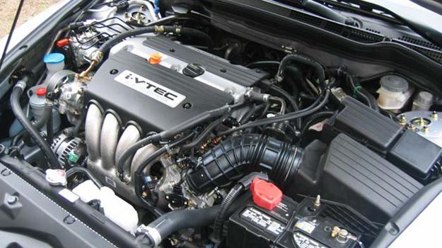 Tips y consejos 5 tips para detectar fallas en tu motor for Como lavar el motor de un carro