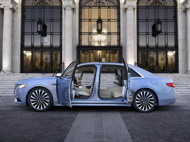 Lincoln Continental 80th Anniversary Coach Door Edition trae de vuelta las icónicas puertas suicidas