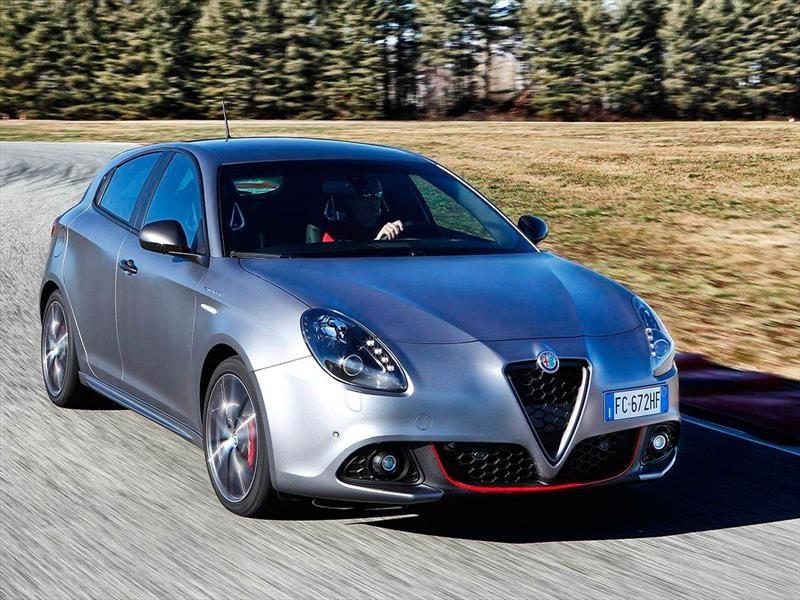 Alfa Romeo Giulietta 2017 llega a México en $548,900 pesos
