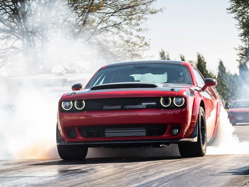 Dodge Challenger SRT Demon por SpeedKore, el diablo viste de carbono