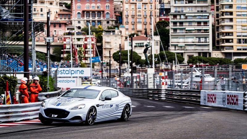 Aston Martin entra al mundo de los autos eléctricos con el Rapide E