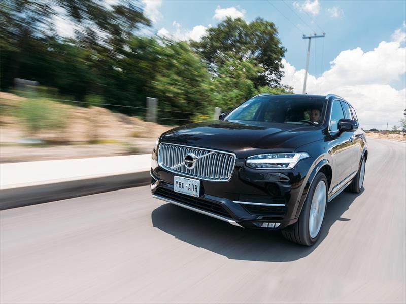Volvo da 24,000 vehículos autónomos a Uber