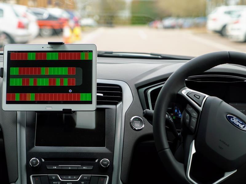 Ford ayuda a ubicar lugares para estacionar
