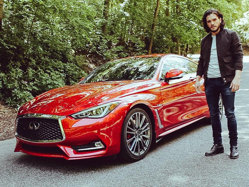 "Infiniti Q60 2017 y Jon Snow de ""Game of Thrones"""