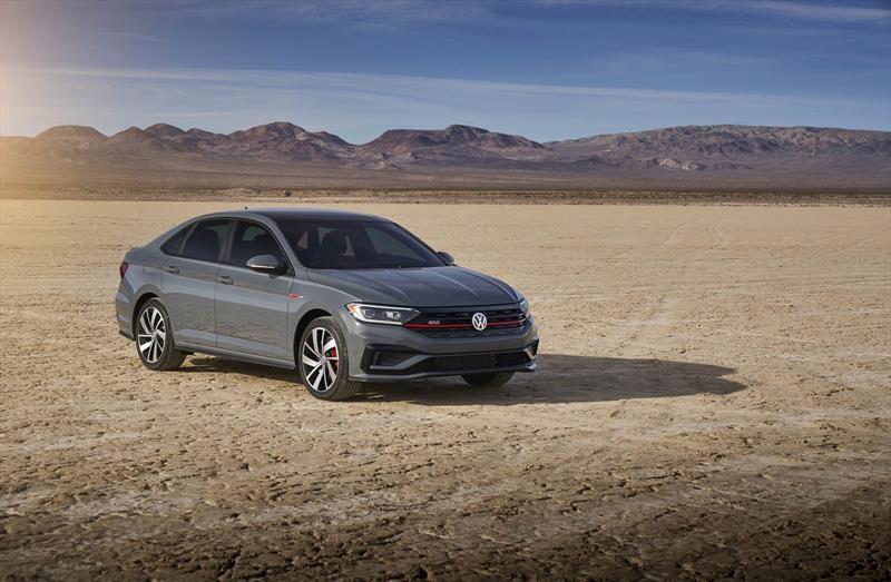 Chicago 2019: Volkswagen lanza el Jetta GLI