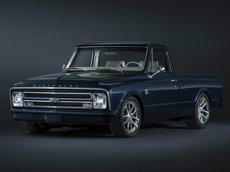 Restauran Chevrolet C-10 1967 para conmemorar 100 años de pick ups