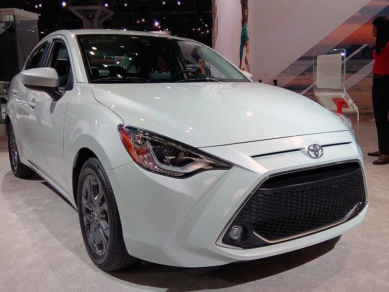 Auto Show De Nueva York 2018 Toyota Yaris R 2019 Recibe