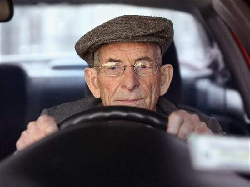 En Buenos Aires, los jubilados no deben pagar la renovación del registro