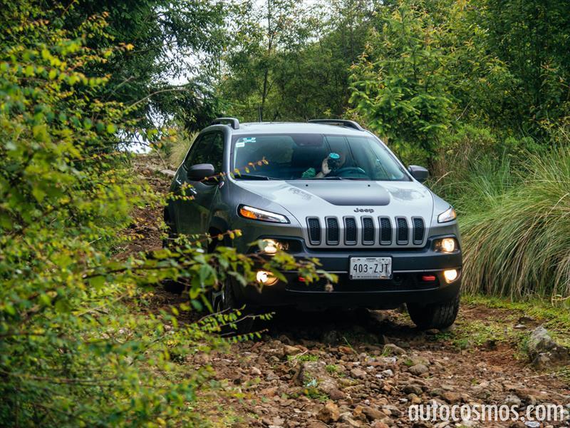 Jeep Cherokee Trailhawk 2014 A Prueba Autocosmos