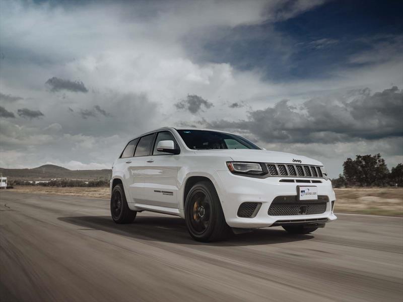 Jeep Grand Cherokee Trackhawk 2018 a prueba, ¡707 enedemoniados caballos de poder!