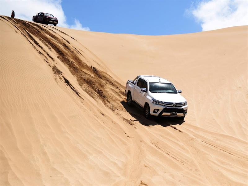 Verano 2018: Toyota lleva toda su gama a los médanos de Pinamar