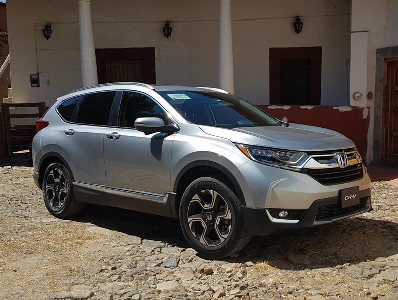 Honda CR-V 2017 llega a México con un precio inicial de $389,900 pesos