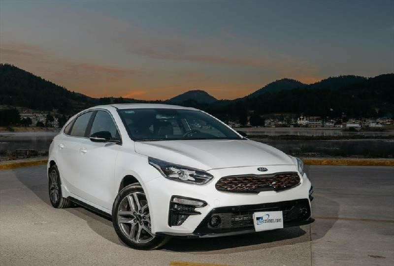 Kia Forte Hatchback >> KIA Forte Hatchback 2019 llega a México con renovado ...