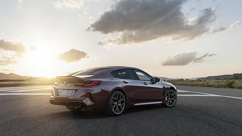 BMW M8 Gran Coupé 2020 ¿debe preocupar al Porsche Panamera?