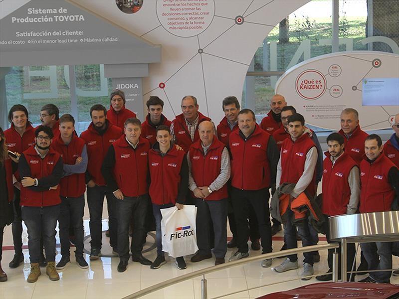 Fric-Rot visitó el Centro Industrial de Toyota