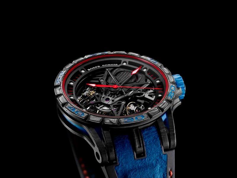 Roger Dubuis Excalibur Aventador S Blue, un reloj con alma Lamborghini