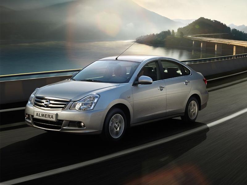 Venta De Autos Usados >> Nissan Almera 2013 debuta en el Salón del Automóvil de
