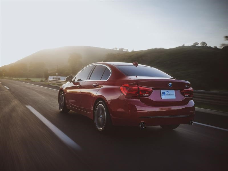 BMW Serie 1 Sedán 2019 a prueba