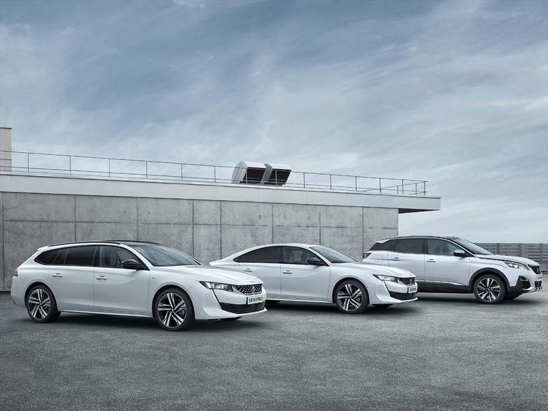 Peugeot presenta su línea de vehículos híbridos