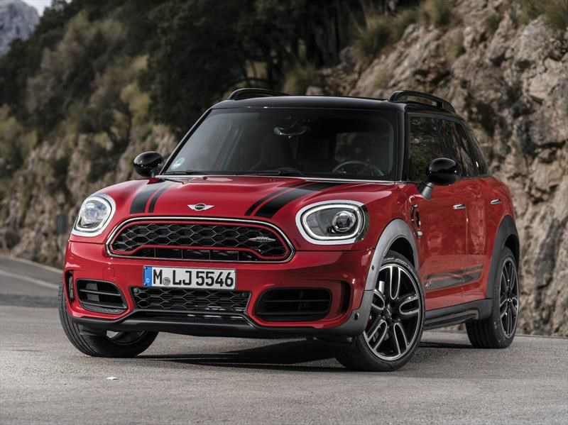 MINI John Cooper Works Countryman 2018 debuta