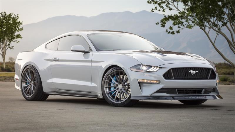 Ford Mustang Lithium está dotado de 900 hp eléctricos