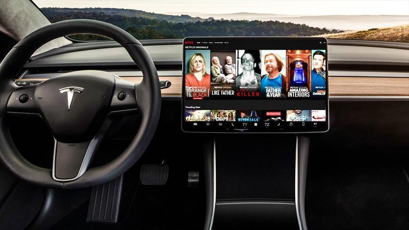 Tesla integrará Netflix y YouTube en su gama de modelos