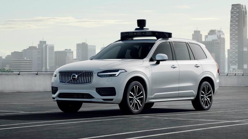 Uber y Volvo presentan una XC90 autónoma