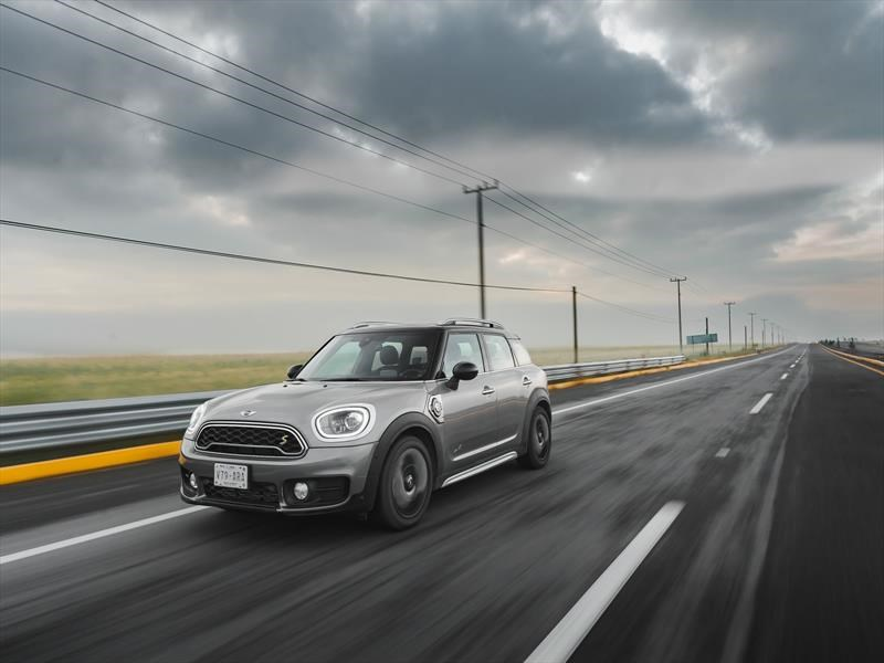 MINI Countryman Plug-in Hybrid 2018 a prueba
