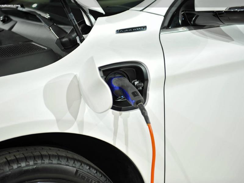 Ya se vendieron más de 1 millón de vehículos eléctricos e híbridos plug-in en todo el mundo