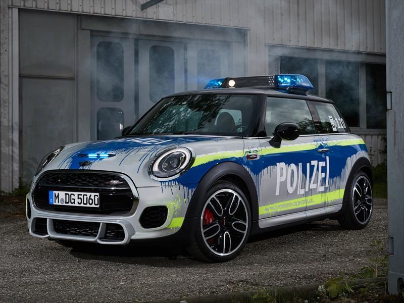BMW Group convierte al MINI John Cooper Works en patrulla