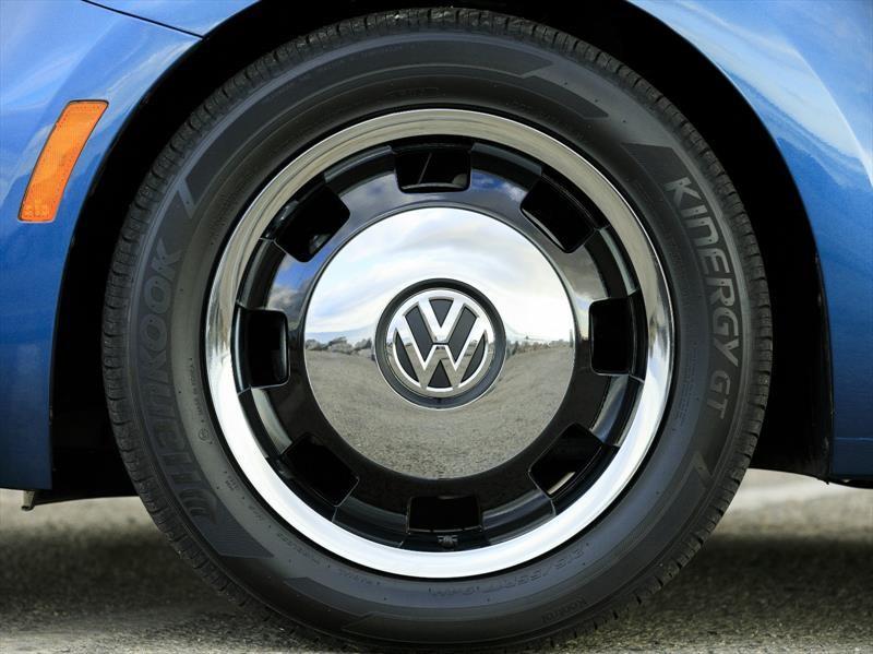 Volkswagen Beetle podría convertirse en carro eléctrico