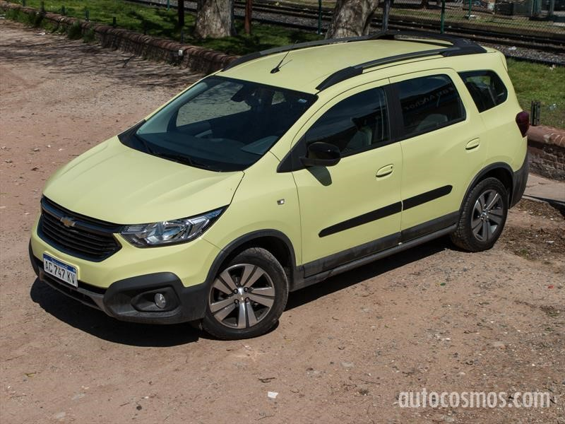 Prueba Chevrolet Spin Activ7, renovación familiar