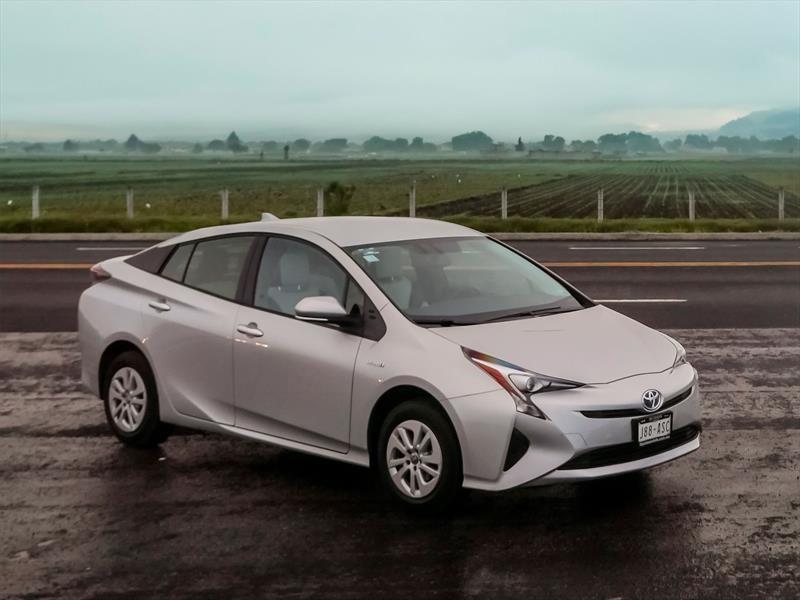 Toyota realiza recall a 2,4 millones de unidades del Prius
