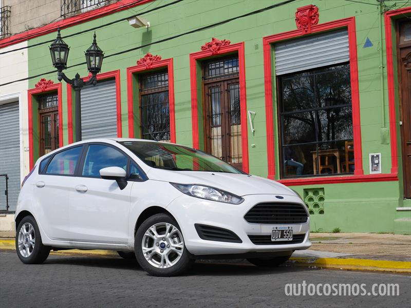 Prueba Ford Fiesta Kinetic made in Brasil