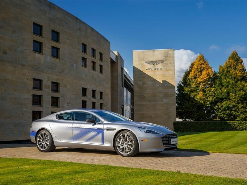 Aston Martin entra a la competencia de los autos eléctricos con el Rapide E dotado de 600 hp